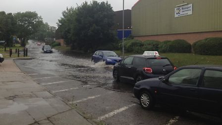 Flooding in Hollywells Road