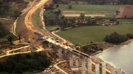 When the Orwell Bridge and the Ipswich by-pass was built the Pipers Vale and ÒThe LairsÓ were cut th
