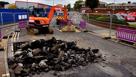 Work on the collapsed sewer in Commercial Road.
