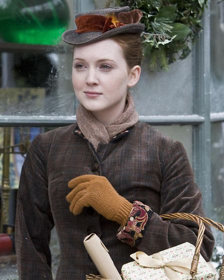 Lark Rise to Candleford starring Olivia Hallinan as Laura Timmins