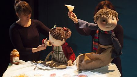 The Paper Dolls from Little Angel Theatre and Polka Theatre; at the New Wolsey Studio, Ipswich, Dece