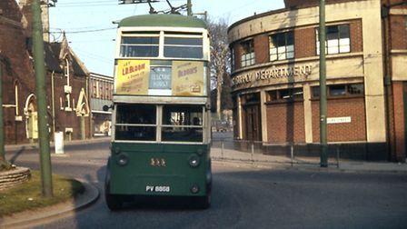 A trolley bus at the junction of Duke Street (right) and Fore Hamlet (behind the bus) in April 1963