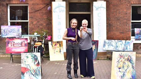 Lois Cordelia at La tour Cycle Cafe with owner Anna Matthews.