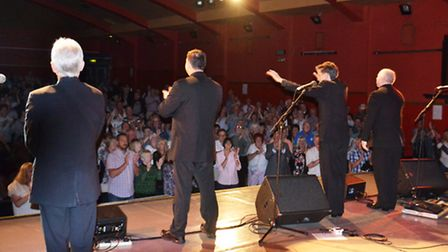 The Searchers get a standing ovation at Felixstowe's Spa Pavilion