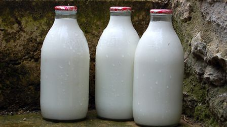 A witness described seeing one or two men smashing milk bottles on the floor.