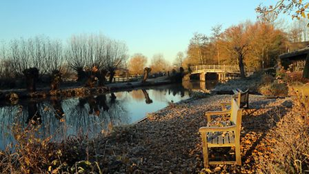 Really worthwhile getting up for an early morning walk around Flatford - the overnight frost mak