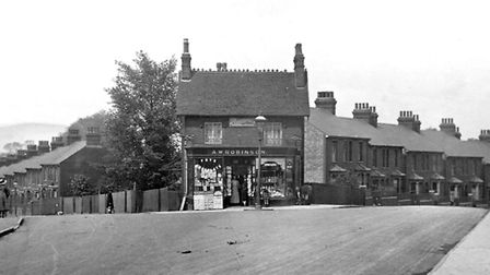 The junction of Back Hamlet (left) and Grove Lane, Ipswich, in the 1920s.