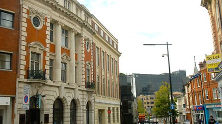 The building on the left of this photograph of Princes Street, Ipswich, still has Sun Buildings high