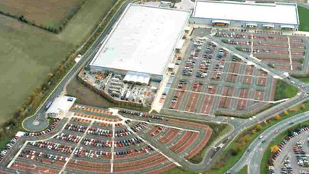 Planners seem set to relax restrictions at the Anglia Retail Park.