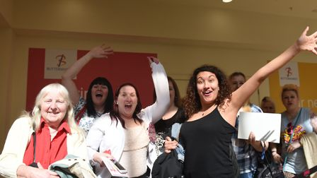 Peter Andre met his fans at the Buttermarket in Ipswich on Saturday April 1. L-R Yvonne Ferrer,Donn