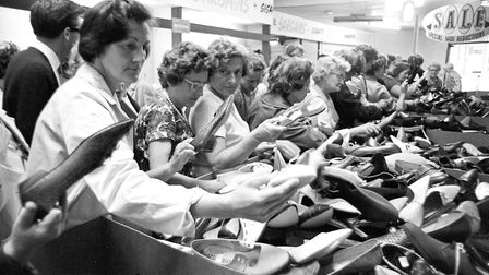 Do they come in pairs? A challenge for visitors to FootmanÕs sale in July 1966. (Photo by David Kind