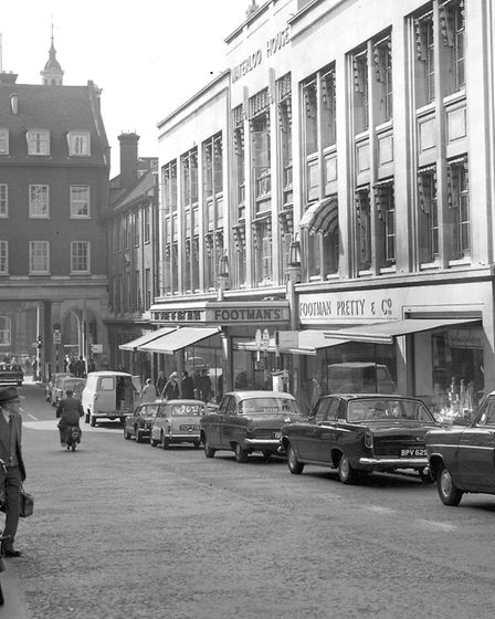 The Lloyds Avenue entrance to FootmanÕs department store in September 1965. (Photo by Ivan Smith/Ar