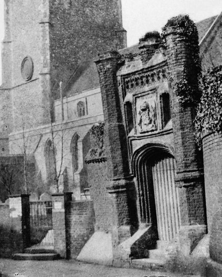 Wolseys Gate in Ipswich, pictured in the 1850s  one of the earliest photographs ever taken of Suff