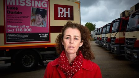 Palmer & Harvey has partnered with Missing People to display appeals on the sides of its vehicles.