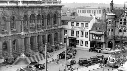 The Ipswich Town Hall in 1951. The small car park in front of the Town Hall was used by visitors to