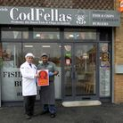 L-R: NFFF examiner Hugh Mantle with Bob Singh from Codfellas. Picture: PICASA