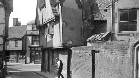 Angel lane, Ipswich, looking towards Fore Street. The building on the right was formerly the Lion an