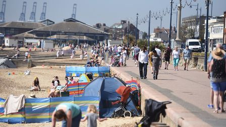 Hot weather in Felixstowe brings out thousands of beach goers. Picture: GREGG BROWN
