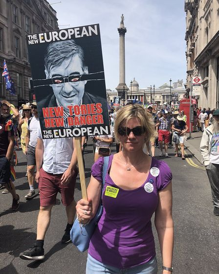 Thousands march to demand a People's Vote