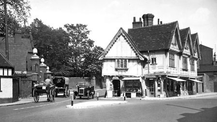 The altered building at the junction of Soane Street (left) and St Margarets Street in the mid 1930s