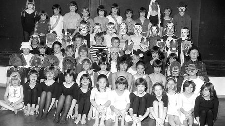 The cast of a school play at Sprites Primary School, Ipswich, in March 1983 Picture: PAUL NIXON