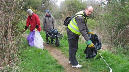 Ipswich labour MP Sandy Martin has been helping teams from the Suffolk Wildlife Trust collect litter