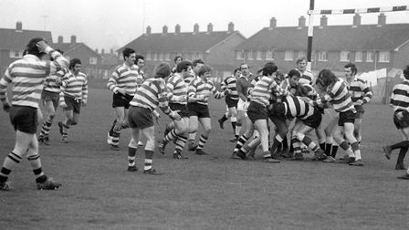 The players all rushing in to get the ball Picture: JOHN KERR
