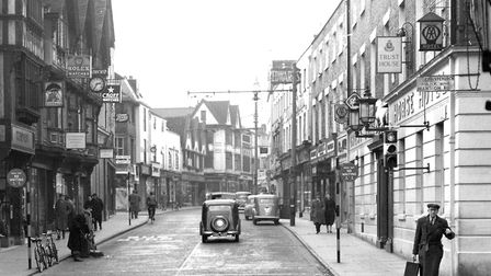 Tavern Street, Ipswich in January 1956. The Great White Horse Hotel is on the right. Picture: DAVID