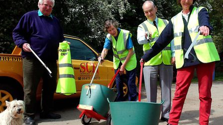 It's 2004. SCH (Supplies) Ltd sponsored the Holbrook litter-pickers. From left, Andrew Rodwell, pari