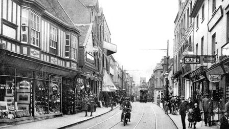 Westgate Street, Ipswich, in the early 1920s.This photograph was taken from near Black Horse Lane.