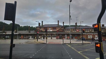 Ticket to ride: Early morning commuters begin to descend on Ipswich Railway Station Picture; ARCHANT