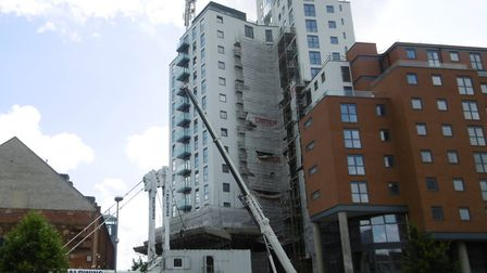 A 500 tonne mobile crane has arrived in Ipswich to remove the tower crane which has been in use duri