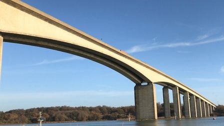A yellow weather warning for wind by the Met Office could prompt the closure of the Orwell Bridge in