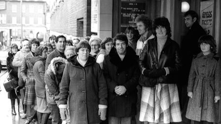Fans queue for Max Boyce tickets at the Ipswich Odeon in Lloyds Avenue, in February 1980 NEG 71834