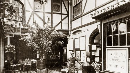 An Edwardian view of the interior court at the Great White Horse Hotel in Tavern Street, Ipswich Pi