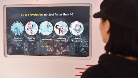 Huawei bring their experience truck to Ipswich to show people about the 5G revolution Byline: Sonya