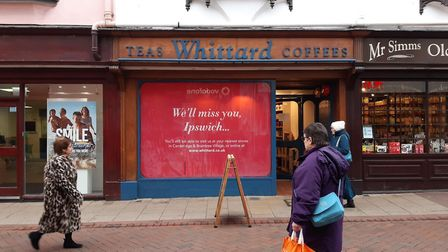 Whittard's in Ipswich's Tavern Street has filled its window with a closing down sign Picture: JUDY R