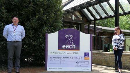 East Anglia'�s Children'�s Hospices (EACH) recieved a �1,000 donation from the faimly of Tavis Spenc