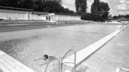Broomhill pool in July 1987 Picture: ARCHANT