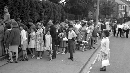 Crowds queurng for hours waiting for a place in Broomhill Pool in August 1965 Picture: ARCHANT