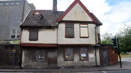 Ipswich Borough Council has secured planning permission to renovate theformer merchant house at 4 Co