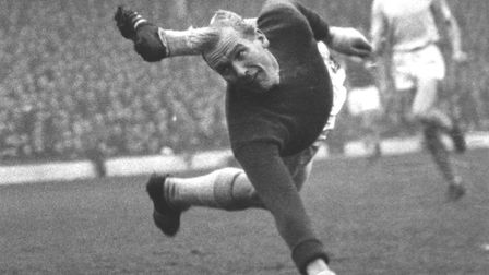 Manchester City goalkeeper and former German paratrooper Bert Trautmann in action against Arsenal in
