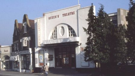 The original Queen's Theatre was in Station Lane, Hornchurch.