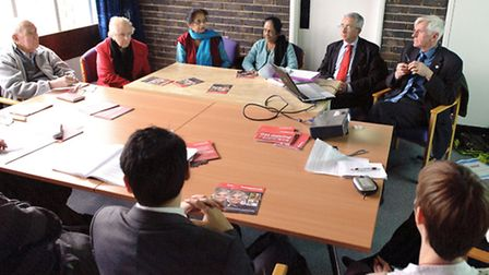 Crossrail representatives visit Redbridge Centre for Independent Living to talk about disabled acces