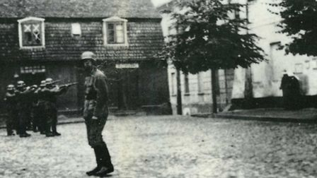 Execution of two hostages, a Christian and a Jew, in Konin on September 22 1939: Issy's first experi