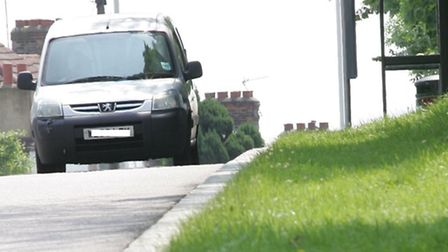 Councillors and residents have raised concerns over speeding in Tomswood Hill