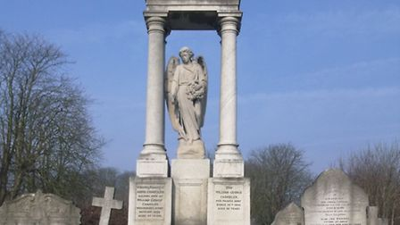 Memorial to the Chandler family who founded Walthamstow Dog Stadium
