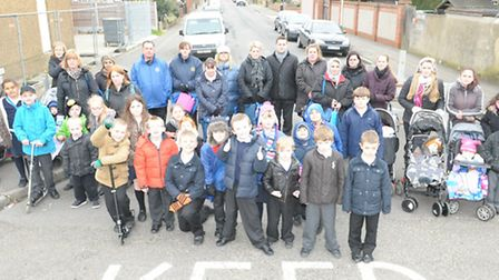 Parents are calling for a pelican crossing to be installed on Rainham Road