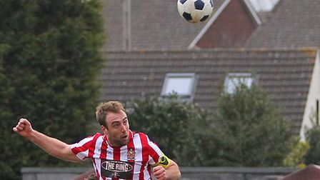Elliot Styles netted with two headers for Hornchurch at Waltham Abbey (Gavin Ellis/TGSPHOTO)