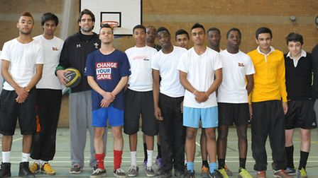 London leopards basketball roadshow visit beal high School. A group photo of the year nine pupil